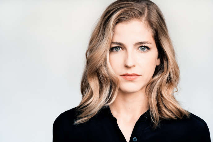 La chef d'orchestre américaine Karina Canellakis.