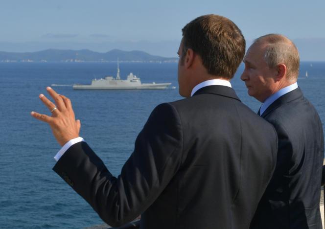 Emmanuel Macron et Vladimir Poutine, le 19 août, au fort de Brégançon (Var).