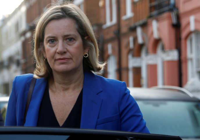 Amber Rudd, la ministre du travail britannique démissionnaire, quitte son domicile londonien, le 8 septembre 2019.