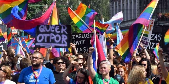 Bosnie: 2000 personnes pour la première Marche des fiertés LGBT à Sarajevo