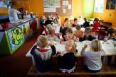 Le défi des repas végétariens obligatoires dans les cantines scolaires