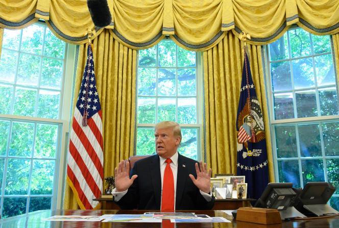 Le président des Etats-Unis Donald Trump le 4 août dans le bureau Ovale lors d'un point presse.