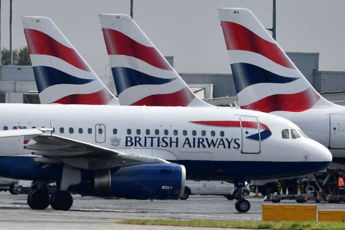 Flotte d'avions de la compagnie British Airways à l'aéroport d'Heathrow, à Londres, le3mai.