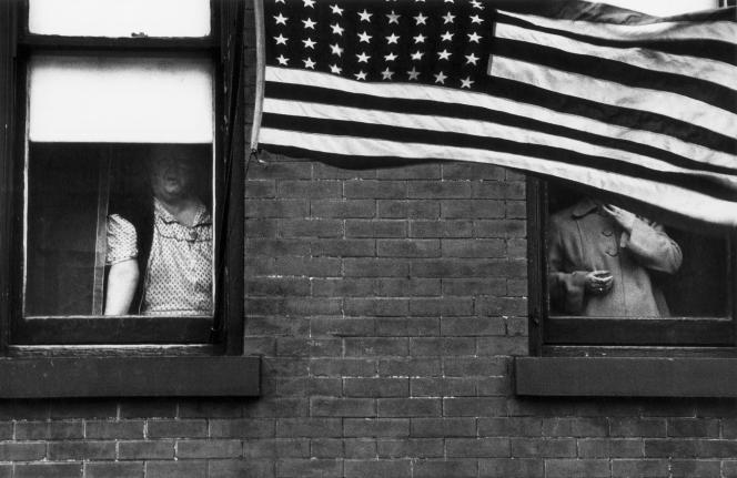 «Parade, Hoboken, New Jersey» (1955), photographie extraite du livre «Les Américains».