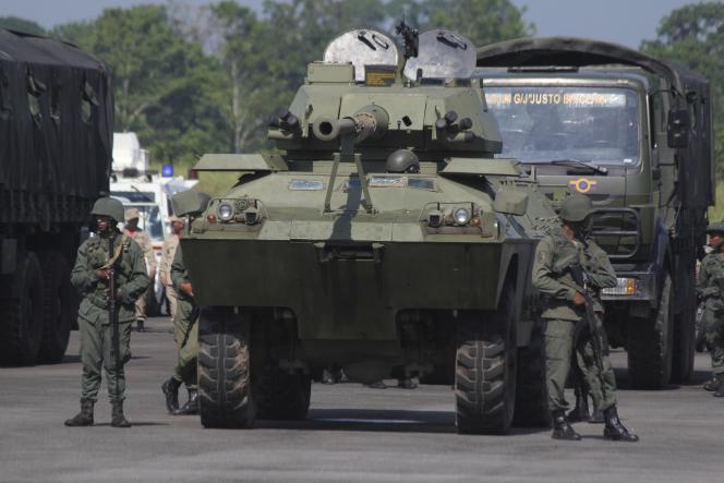 Manœuvres militaires à l'aéroport de La Fria, dans l'Etat vénézuélien deTachira, le 10 septembre 2019.