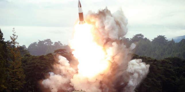 """La Corée du Nord propose la reprise du dialogue... et tire deux """"projectiles"""""""