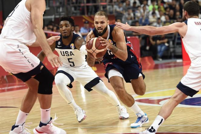 Evan Fournier et l'équipe de France créent l'exploit face aux Américains en quarts de finale du Mondial en Chine.