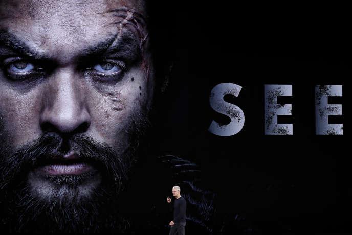 Le patron d'Apple, Tim Cook, lors de la présentation de la bande-annonce de la série «See», à Cupertino (Californie), le 10 septembre.