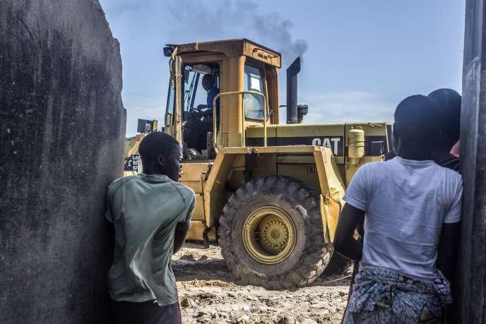 Le 3 septembre 2019, les bulldozers ont démoli une partie du quartier de Xwlacodji, à Cotonou, capitale économique du Bénin.