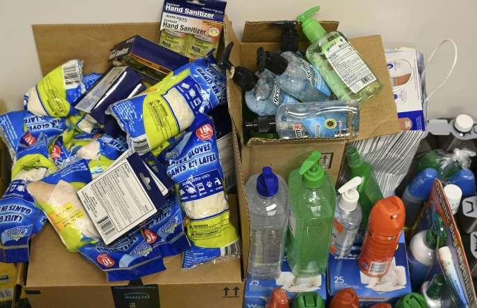 Les cargaisons de dons partent quotidiennement vers les îles Abacos et Grand Bahama, dans le nord-ouest de l'archipel.