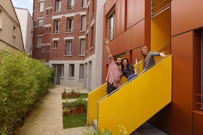 Des« kapseurs» de la résidence Vincent-Auriol (Paris 13e), une KAPS (pour «kolocation à projets solidaires») gérée par l'Association de la fondation étudiante pour la ville (AFEV).