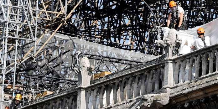 Pollution au plomb : pas « d'alerte rouge » liée à l'incendie de Notre-Dame, selon l'Agence de santé