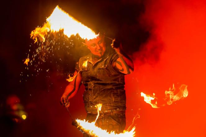 Spectacle« Inferno», au Parc Astérix.