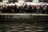 Derrière la grève à la RATP, la réforme des retraites et un malaise face à l'avenir de l'entreprise