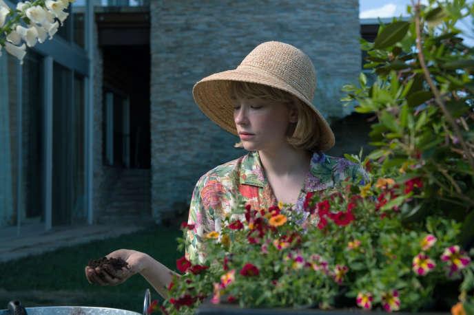 Haley Bennett (Hunter).