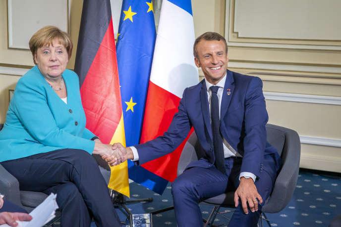 Avant l'ouverture du G7, Emmanuel Macron rencontre Angela Merkel, à Biarritz, le 24 août.