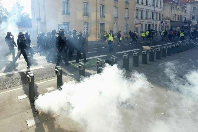 Manifestation des« gilets jaunes» à Nancy, le 14 septembre.