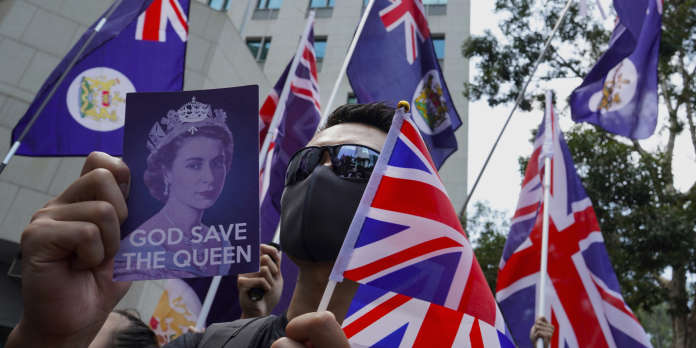 Hongkong : manifestation devant le consulat de Grande-Bretagne