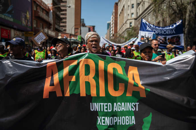 Manifestation contre la recrudescence des attaques xénophobes en Afrique du Sud, le 14 septembre 2019, dans le quartier des affaires de Johannesburg.