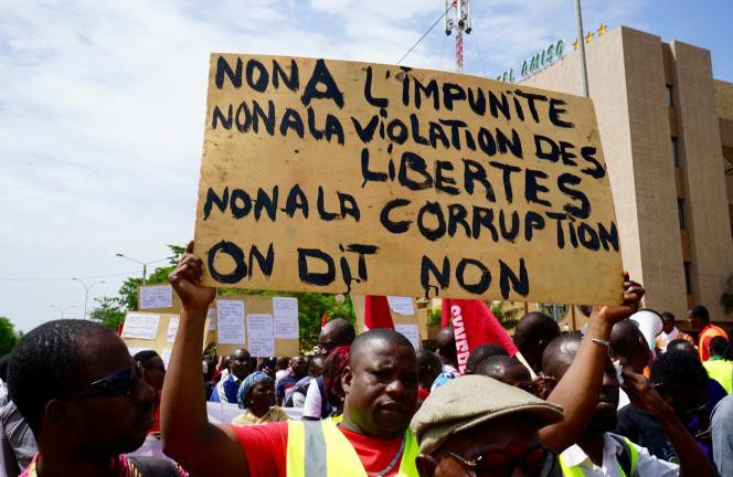 Manifestation antigouvernementale à Ouagadougou, lundi 16 septembre 2019.