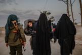 Des familles de membres supposés de l'organisation Etat islamique, au camp d'Al-Hol en Syrie, le 17 février.