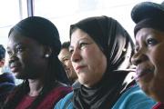Un des ateliers animé par des femmes des associations de quartier de Villeneuve-Saint-Georges (Val-de-Marne).