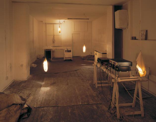 «Dirt Innen 2», 2001.