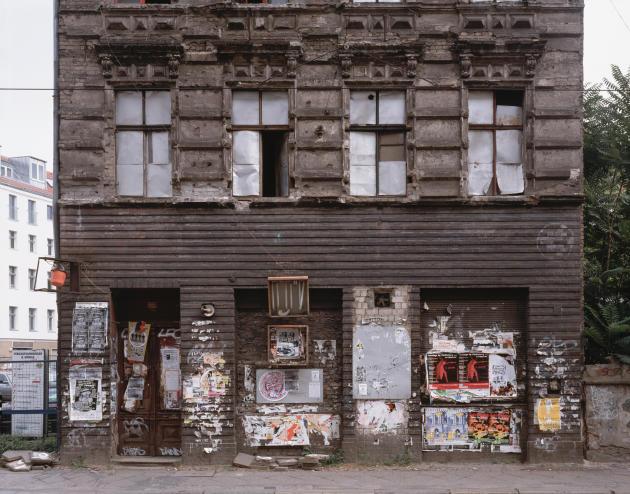 «Eimer Außen», 1997.