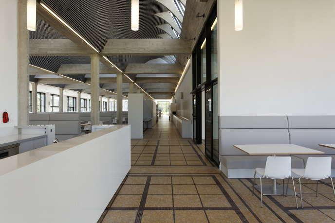 Le restaurant conçu par l'architecte Auguste Perret pour le Commissariat à l'énergie atomique de Saclay (Essonne).