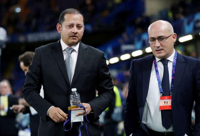 Le président de Valence CF, Anil Murthy (à gauche), en septembre, à Londres.