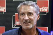 L'animateur Antoine de Caunes lors d'une conférence de presse à la Maison de la radio à Paris, en août 2017.