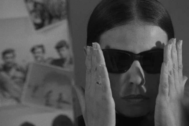 Gila Almagor dans « Siège» (1969), deGilberto Tofano.