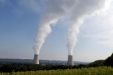 Les tours de refroidissement de la centrale nucléaire de Golfech (Tarn-et-Garonne).