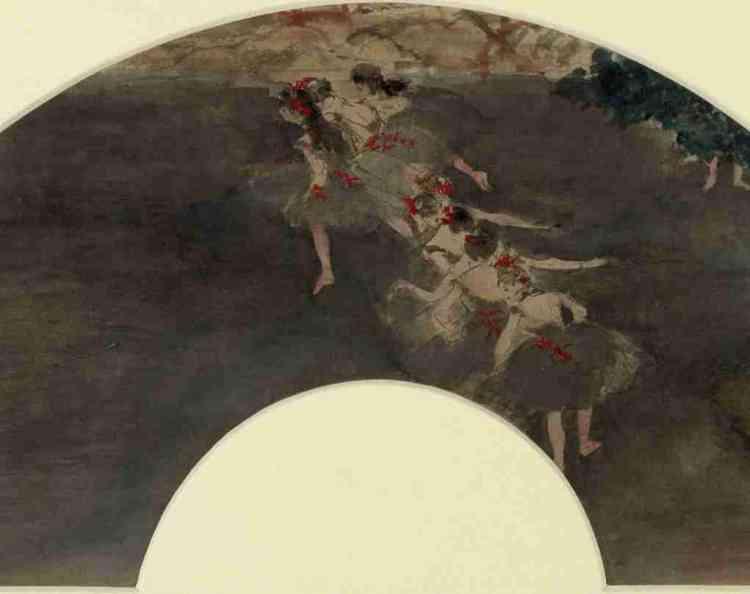 """«Au XIXesiècle, l'éventail est par excellence l'attribut des femmes élégantes, dont l'essor est lié aussi à la vogue du japonisme. Degas expérimente le format circulaire de cet objet devenu tableau pour explorer des cadrages nouveaux et traduire la fugacité et la magie du spectacle. L'artiste destinait ses """"articles"""" délicats, peints sur soie ou sur papier, parfois avec la peinture métallique, à un public féminin, et notamment à ses amies artistes. »Leïla Jarbouai"""