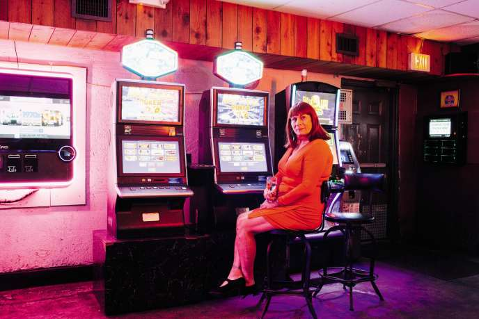 JoAnn Guidos, propriétaire du Kajun's Pub,dans son bar de La Nouvelle-Orléans, le 7septembre.