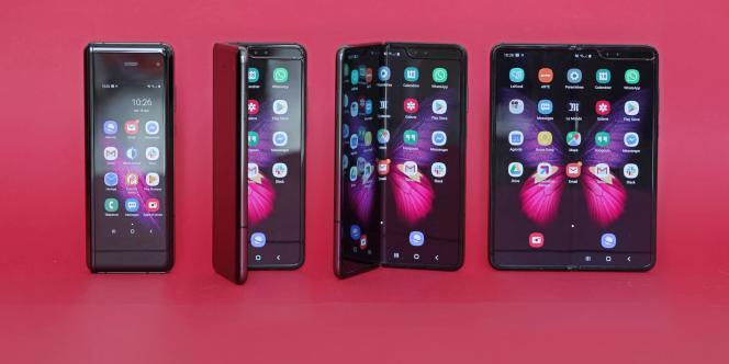 Le Fold de Samsung protège son écran pliable à l'intérieur.