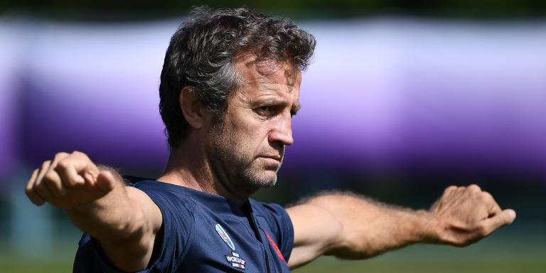 France's assistant coach Fabien Galthie looks on during a training session at the Fuji Hokuroku Park in Fujiyoshida on September 14, 2019, ahead of the 2019 Rugby Union World Cup which begins on September 20.  / AFP / FRANCK FIFE