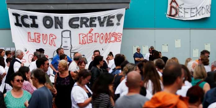 Psychiatrie : le personnel de l'hôpital du Rouvray de nouveau en grève