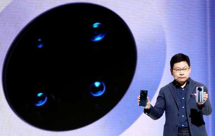 Richard Yu, le PDG de Huawei, présente le Mate 30 à Munich (Allemagne), le 19 septembre.