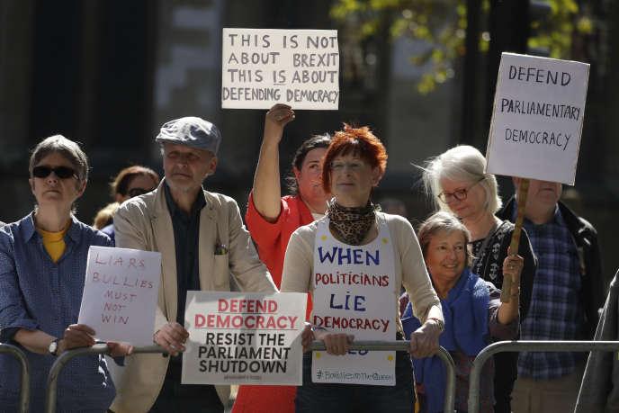 Manifestation devant la Cour suprême à Londres, le 19 septembre.