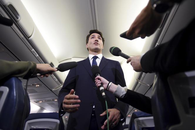 Justin Trudeau s'est exprimé, mercredi 18septembre, dans son avion de campagne.