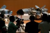 Débris de missiles et de drones présentés comme iraniens par le ministère de la défense saoudien, à Riyad, le 18 septembre.