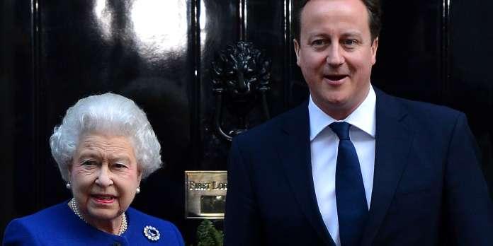 Buckingham Palace embarrassé par les révélations de David Cameron