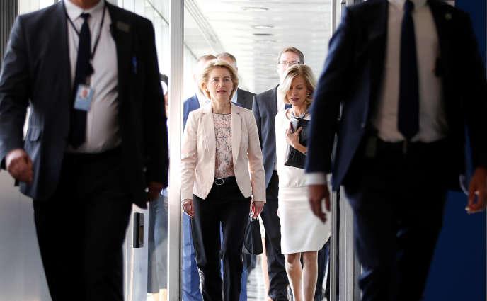 Ursula von der Leyen à son arrivée au Parlement européen, à Strasbourg, le 19 septembre.