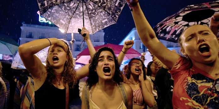 En Espagne, des milliers de personnes manifestent contre les violences faites aux femmes