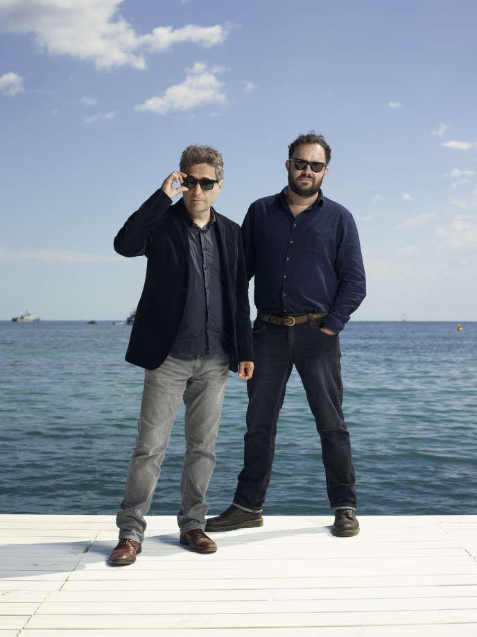 Les Brésiliens Kleber Mendonça Filho (à gauche) et Juliano Dornelles à Cannes, en mai 2019.