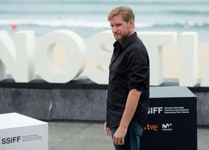 Le réalisateur Paxton Winters lors du photocall au 67e Festival du film de Saint-Sébastien.
