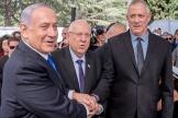 Réouven Rivlin, Benyamin Nétanyahou et Benny Gantz au mont Herzl à Jérusalem, le 19 septembre.
