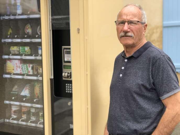 Le maire de Parné-sur-Roc, Daniel Guérin :« Il y a quarante-six ans, il y avait au moins trois épiceries. »