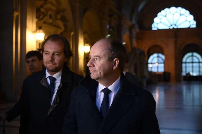 Jean-Jacques Urvoas se rend devant la Cour de justice de la République, à Paris, le 24 septembre.